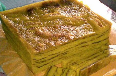 Kue maksuba adalah salah satu makanan khas Kota Palembang, Indonesia