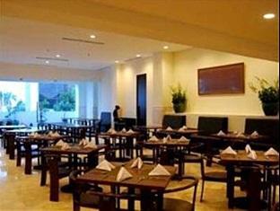 Sintesa Peninsula Hotel Palembang Palembang - Restaurant