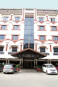 hotel budi is centrally located in palembang a 5 minute walk from