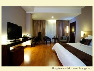 Kamar Tipe Mewah di Arista Hotel Palembang