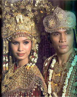 Gaya Sriwijaya (Busana Pengantin Adat Melayu Sumatera Selatan