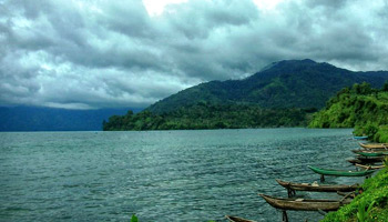 Wisata Air ke Danau Ranau Palembang