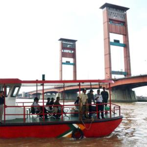 Palembang Menuju Metropolitan - angkutan transportasi air palembang