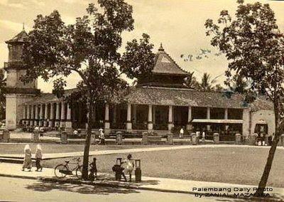 Masjid agung palembang tempo dulu