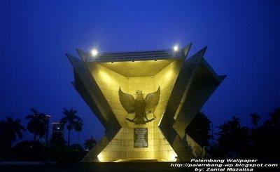 MONPERA (Monumen Perjuangan Rakyat) palembang di malam hari