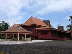 Rumah Limas TRADISIONAL DARI PALEMBANG – SUMATERA SELATAN,INDONESIA