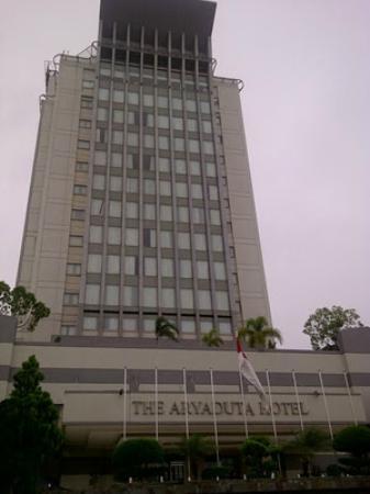 Is it 5 star hotel? - Picture of Hotel Aryaduta Palembang, Palembang