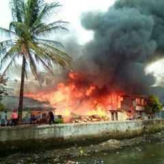 jam-10-detik2-kebakaran-di-lr-khotib-langgar-soto-pasar-26-ilir-cc-palembangtweet-httpt-congiadvfou7