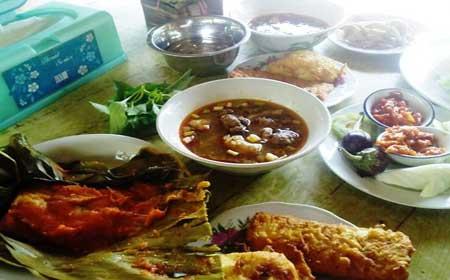 Pindang Patin dan Tempoyak Kuliner Khas Palembang