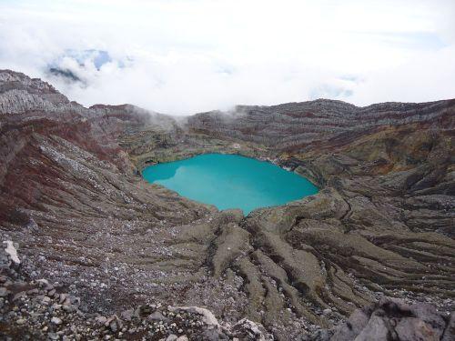10 Gunung Dempo