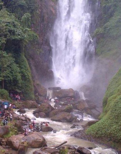70kunjungan wisata Obyek wisata air terjun bedegung
