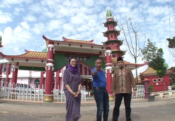 aboutpalembang-mistertukul_t7-ke-masjid-dg-arsitektur-oriental-masjid-cheng-ho-plg-jam-23-httpt-coh5qwyspfqe-via-trans7-woho