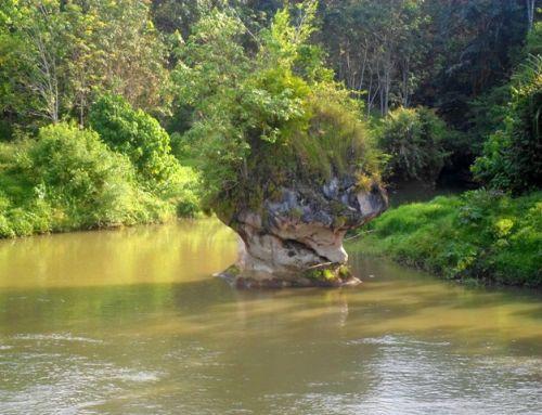 N-Batu-Putri-Dayang-Merindu.-Foto-Taufik-Wijaya