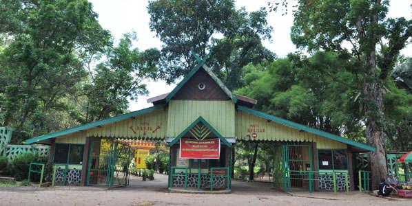 Hutan-Wisata-Punti-Kayu-14