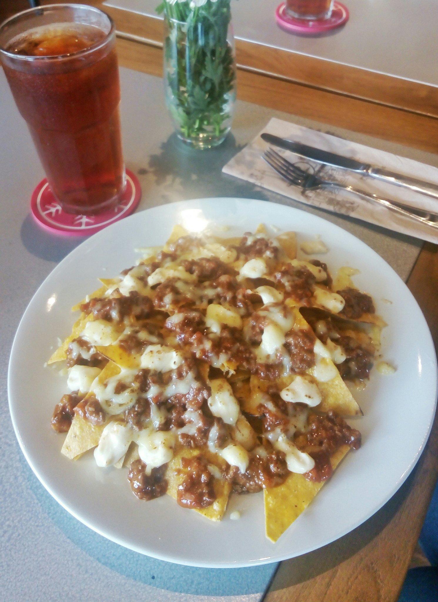 nachos-di-panciousplg-ini-enak-dan-sangat-garing-recommended-sekali-untuk-menu-pembuka-sebelum-makanan-utama-httpst-co7lg0hxpk2p